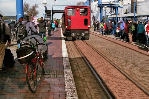 Locomotief Emden en ligfiets