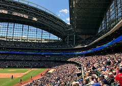Miller Park, Milwaukee (Cragin Spring) Tags: people midwest ballpark baseball mlb majorleaguebaseball milwaukee milwaukeewi milwaukeewisconsin milwaukeebrewers millerpark wisconsin wi roof architecture