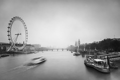 Grey London (Yannis_K) Tags: londonskyline london londoneye housesofparliament westminster riverthames longexposure boats motionblur fog foggy yannisk nikond7100 nikon1685mmf3556gvr