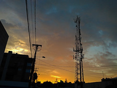 No. 1487 - 17 de junio/17 (s_manrique) Tags: cielo atardecer cables postes
