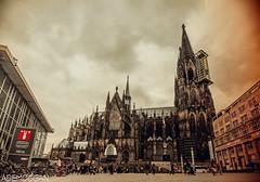 KÖLNER DOM (01dgn) Tags: köln almanya deutschland germany kölnerdom dom sky clouds travel nrw