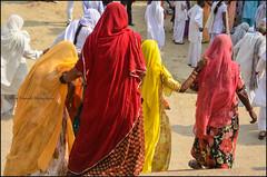Pilgrims 3.  Varanasi (Claire Pismont) Tags: asia asie inde india viajar voyage varanasi benares banaras clairepismont colorful couleur color colour woman women pismont pilgrim red documentory