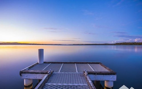 2 Bambury Avenue, Summerland Point NSW