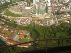 Menara2 (ruben25x12) Tags: petronas kl kualalumpur malaysia skyline skycrapper rascacielos torrespetronas sinpapore singapur merlion singapura