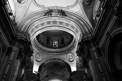 Cúpula (julyyale) Tags: bw blancoynegro contraste black white canon canont5i cúpula iglesia church noiretblanc