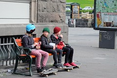 REYKJAVIK  - THE CITY'S COOL KIDS (Punxsutawneyphil) Tags: europe europa island iceland northerneurope nordeuropa north reykjavik city stadt urban people leute menschen kids skater skateboarder skateboard longboard guys sports coolness cool lifestyle street summer sommer freizeit freetime fun
