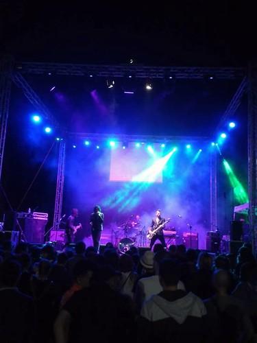 Le Mura 🎸 #nessundorma #festival 🎥  #elettritv #alternative #indie #rock #concerti #guidonia #dalvivo 🙌 #musica #sottosuolo #live #underground #music #italy #tibervalley 🎵 #rome #italia #roma📷 ] ;)::\☮/