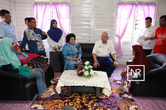 Lawatan ke rumah Puan Hasmah Binti Ibrahim ( Jom Bantu Rakyat).Kg Tenggoh,Temerloh ,Pahang.20/4/17