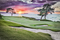 TROPICAL VIEW FROM THE PACIFIC OCEAN (LOURENḉO Photography) Tags: tropical golf hawaii oahu maui pacific ocean beach island aloha grass bunker view sunset canon 5dsr sun play