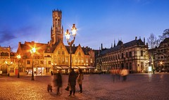 Burg Square and Belfry at Blue Hour (Barry O Carroll Photography) Tags: burg square citysquare belfry belltower beffroi streetlamp bruges brugge belgium belgique bluehour night evening cityscape city urbanlandscape architecture travel wideangle longexposure slowshutterspeed motionblur
