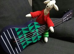 Another day: Another couch: Another fad: (Oh.Great!) Tags: 3652017 stewart ukulele recorder red green teachers classroom couch black fads australia