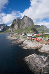 The wall of Reine (Fab Boone Photo) Tags: wall mountain sea lofoten norway wide angle wideangle nature fabienboone fabboone
