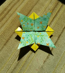 Andrea's Rose with Leaves, back (Aneta_a) Tags: origami fractal jcnolan andreasrose flower yellow green