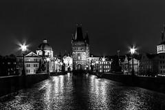 Prague la nuit (lecointelaetitia) Tags: prague travel voyage bw noiretblanc monochrome nikon expositionlongue longexposure city ville urbanlandscape urban night nuit europe