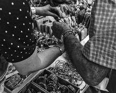 _DSC3418 (joaodematos.photography) Tags: bw wb pretobranco brancopreto negocio artesanato mãos mercado monochrome blackandwhite whiteandblack marketplace business bargain handicraft craftwork hands abstrato abstract streetphotography