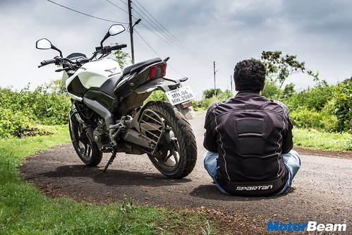 Bajaj-Dominar-400-Long-Term-02
