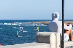 Colores del verano / Summer colors (nrfer) Tags: deporte nikon d7200 las palmas gran canaria torneo windsurf velas velocidad contemplar colorido mar gente