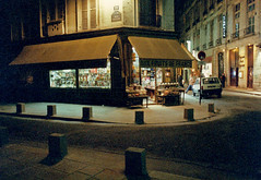 Mon Paris. 1985 (caramoul25) Tags: paris séguier nuit épicerie caramoul25