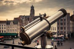 The Urban Telescope / Le Telescope urbain (Gilderic Photography) Tags: bruges detail brugge belgium belgique belgie lunette telescope view tourist city canon 500d gilderic