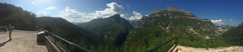 2017-06 Picos en Pyreneeën panorama van Parque Nacional de Ordesa y Monte Perdido