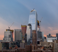 Hudson Yards Rising (7) (Mike McLaughlin Photo) Tags: manhattan 10hudsonyards 30hudsonyards sunset highline 319tenthavenue construction constructioncranes 520west30thstreet skidmoreowingsmerrill tower 35hudsonyards 500west30th manhattanwest