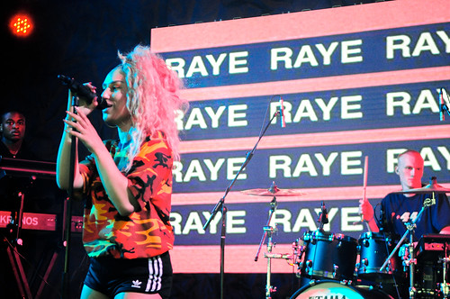 Raye - Glastonbury 2017