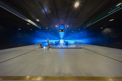 Fahrkartenpflichtiger Bereich (spityHH) Tags: 10mm a7ii architektur hafencity hafencityuniversität hamburg sonyalpha ubahn underground hyperwide u4 voigtländer