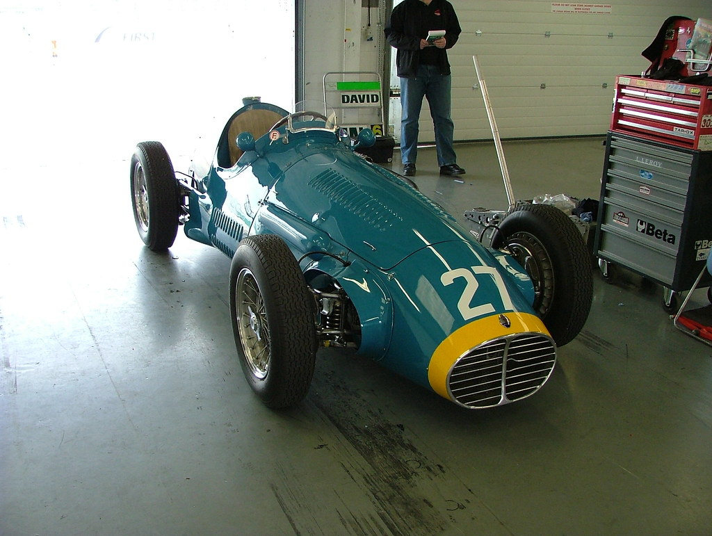 The world 39 s best photos of british and brm flickr hive mind for Garage bourny automobiles laval