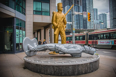 Monument to the War of 1812 | Bathurst Street and Lake Shore Boulevard (A Great Capture) Tags: agreatcapture agc wwwagreatcapturecom adjm ash2276 ashleylduffus ald mobilejay jamesmitchell toronto on ontario canada canadian photographer northamerica torontoexplore spring springtime printemps 2017 monument war 1812 | bathurst street lake shore boulevard soldiers toysoldiers royalnewfoundlandregiment uniform unitedstatesinfantryregiment douglascoupland fortyork historical historic