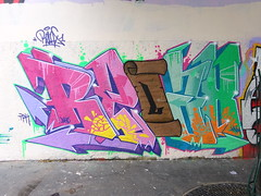 Relax (juin 2017) (Archi & Philou) Tags: relax graffiti lettrage fontaineauroi streetart paris11