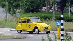 Citroën 2CV 1984 (XBXG) Tags: lk56js citroën 2cv 1984 2cv6 citroën2cv 2pk eend geit deuche deudeuche amstelveen nederland holland netherlands paysbas vintage old french classic car auto automobile voiture ancienne française france frankrijk outdoor yellow geel jaune