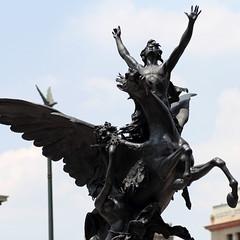 Bellas Esculturas (José Ramón de Lothlórien) Tags: bellas artesbenito juarezalamedacentro históricoméxicociudad de méxicocdmxtorre latinocaballitoreforma etiquetas
