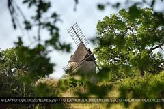 Moulin à vent de Carlucet (Azraelle29) Tags: azraelle azraelle29 sonyslta77 tamron1024 lot france