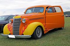 1937 Chevrolet Coupe (crusaderstgeorge) Tags: crusaderstgeorge cars classiccars chevrolet chrome carmeet 1937chevrolet americancars americanclassiccars americancarsinsweden västeråssummermeet västerås veterancar colourful orange