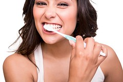 Chữa bệnh viêm admidan hiệu quả an toàn bằng thuốc đông y (seosuckhoe) Tags: adult american background bathroom beautiful beauty brunette brush brushing care caries clean close dental dentist face fresh girl happy health healthcare healthy hispanic holding human hygiene latina medicine mouth oral paste people smile teeth tooth toothbrush toothpaste treatment wellbeing white woman young