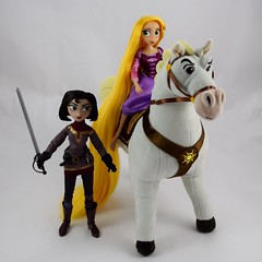 Rapunzel and Cassandra Dolls with Plush Maximus and Fidella - Cassandra Standing Between Fidella and Rapunzel Riding Maximus (drj1828) Tags: us disneystore tangled tangledtheseries doll 2017 purchase posable adventure 10inch 2d deboxed maximus horse plush 15inch riding cassandra