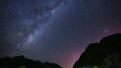 170528_2474_ps (Gordon C 歌頓) Tags: newzealand aotearoa 紐西蘭 aorakimtcooknationalpark 奧拉基庫克山國家公園 mountcookvillage 庫克山村 nightsky milkyway 銀河 aurora 南極光