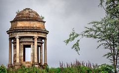Tempietta (Coisroux) Tags: greenock tempietta architecture domed historic caddlehillhouse ruins scotlanddiscovered d5500 nikkor pillars flowers dramatic geometry masonry hexagon peristyle listedbuildings nikond onthehill abandoned