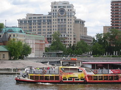 travelling by ship (VERUSHKA4) Tags: canon russia europe moscow city ville cityscape vue view boat architecture june summer building roof window verdure maison ciel sky colourful facade river bridge water moskvariver people travel hccity capture art decor ship