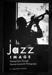 The Jazz Image (pecooper98362) Tags: cooperstown newyork fenimoreartmuseum museumgiftshop book kheatherpinson thejazzimage seeingmusicthroughhermanleonardsphotography hermanleonard masterphotographer blackwhite