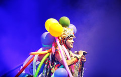 Happy Birthday, Sufjan Stevens! (kirstiecat) Tags: sufjanstevens carrieandlowell alldelightedpeople thebqe theageofadz sevenswans comeoffeeltheillinoise music band live festival concert happybirthday baloons cinematic light colors colours pitchforkmusicfestival