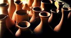 Quiero ser de barro y silencio (Aviones Plateados) Tags: mundo plástico ruido silencio barro world plastic noise clay silence eduardogaleano arcilla alfareria terrissa argila fang pottery mud canon eos550d rebel t2i