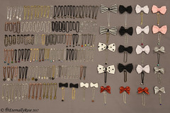 P.U.D.D.L.E. 2017 Doll Necklace and Hair Clip Donation (EternallyRose) Tags: puddle puddle2017 dollaccessories dollnecklaces hairclips crafting greybackground chain charms beads pullipanddaldollloversevent donation nikond750 afsnikkor24120mmf4gedvrlens eternallyrose lobsterclawclasps