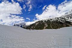 Snow 35 ... (Bijanfotografy) Tags: nikon nikond800 zeiss zeiss15mm zeissdistagon15mm28 snow sonamarg kashmir jammukashmir jk india mountainside sky cloudy