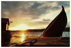 (Frank S. Schwabe) Tags: distagont228 ze zeiss zeissclassic canon 6d kristiansund brunsvika sunset coastal boat boathouse rope siluett clouds cloudy summer ocean sea nordmøre norway norge