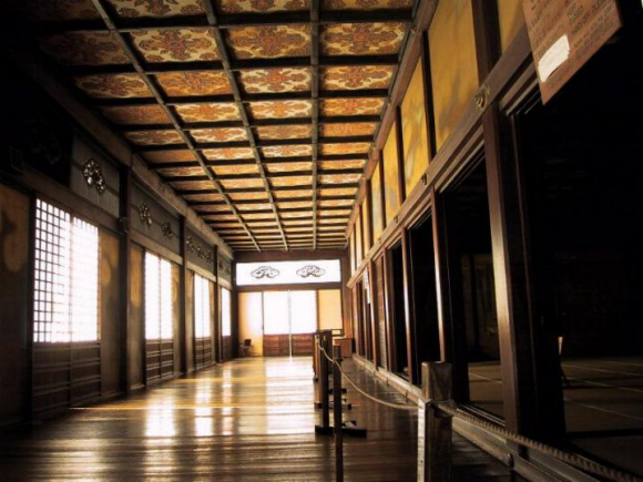 Sàn nhà chống trộm biết hót như chim họa mi độc đáo của người Nhật Bản - Ảnh 1.