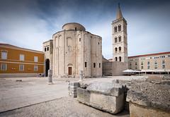 Zadar (G Dubuc) Tags: croatie mer barques églises ruines