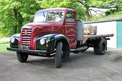 TV017447-Glossop. (day 192) Tags: glossop manorpark glossopcarshow lorry lorries wagon truck classiclorry preservedlorry vintagelorry fordson thames et6 fordsonthameset6 njwatson pxp775