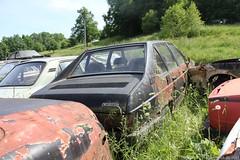 Tatra T613 (MilanWH) Tags: autovrakoviště scrapyard czech rust épave tatra t613 613