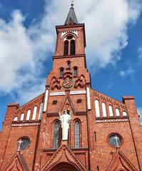 belarus (vandrouki) Tags: belarus red blue architecture brick church cathedral statue беларусь паставы касцёл